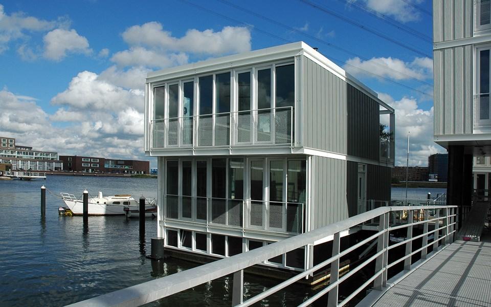 Amsterdam waterwoningen Cedral Lap Wood sidings kleuren