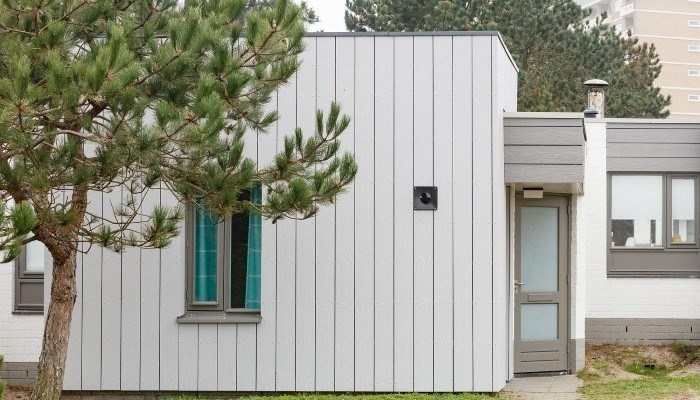 7 proyectos con una fachada ventilada vertical única