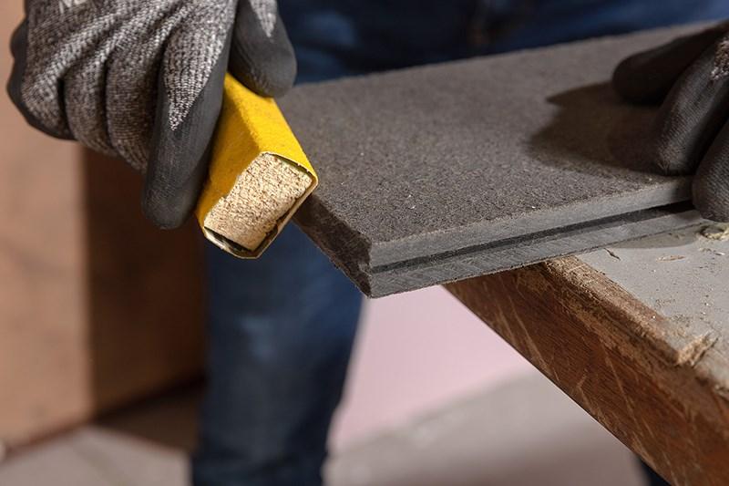 Comment installer les lames de terrasse Cedral ?