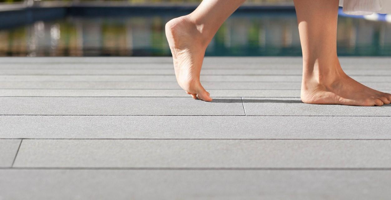 Terrasse Barfuß Haptik